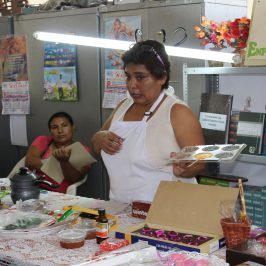 MADRES CASAGRANDINAS SE BENEFICIAN DE TALLERES PRODUCTIVOS